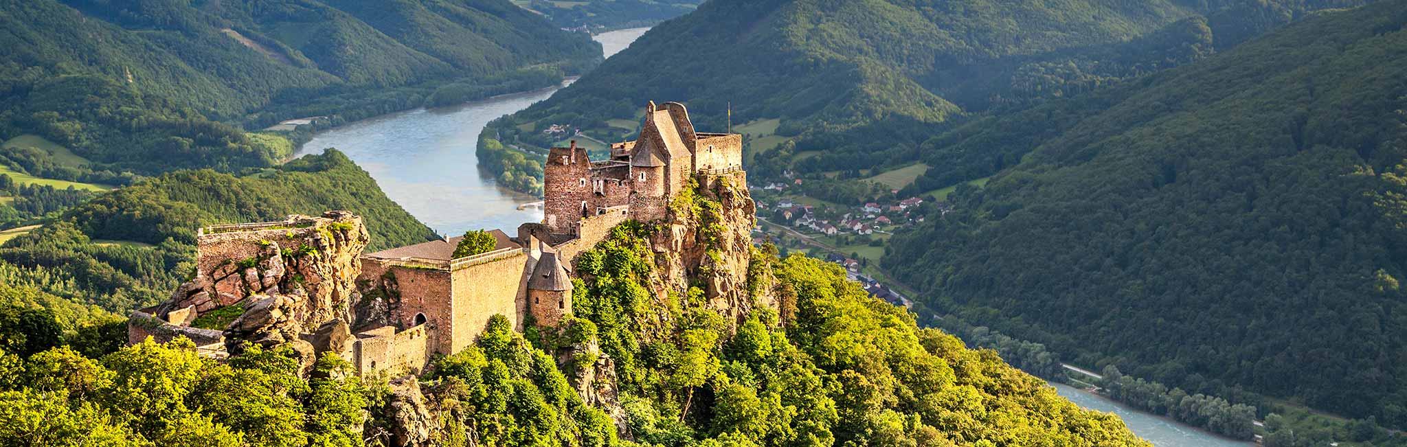 Austria Tours - Wachau danube river Aggstein Castle