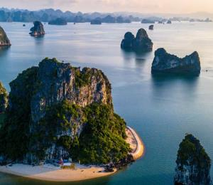 Ha Long Bay sunrise in Vietnam