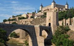 spain toledo bridge over river tagus