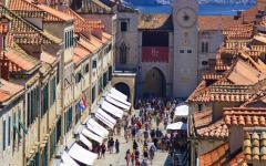 Tourists on Stradun street in Dubrovnik, Croatia.