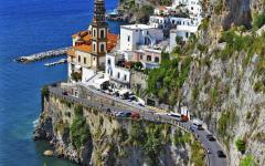 Traffic rolling along the Amalfi Coast in Italy