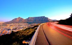 View from a street in Cape Town with the Tafelberg mountain in the background