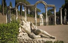 Marble statues in the Villa Adriana (Trivoli) in Rome, Italy