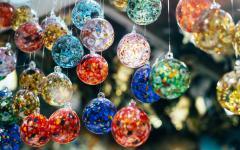 Mosaic orb ornaments