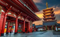 Japan Tour - Tokyo's Ancient Buddhist Temple of Sensoji Temple