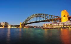 austrailia sydney harbor bridge in twilight