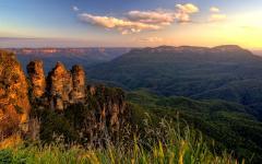 australia blue mountains at sunset