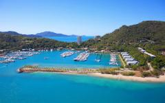 australia whitsundays hamilton island view of boats in harbor from the air