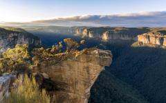 australia hanging rock blue mountains