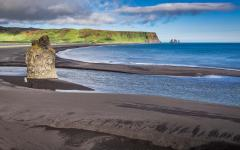 Black beach. Reynisdrangar, Vik