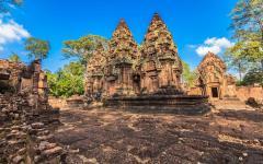 ancient castle in cambodia