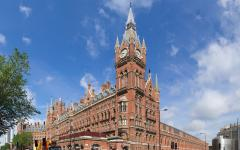 St. Pancras Railway Station, London. Photo credit: © User:Colin / Wikimedia Commons / CC-BY-SA-3.0