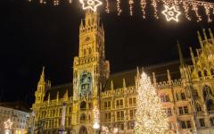 A huge Christmas tree illuminates Marienplatz, Munich