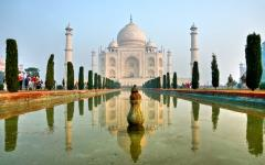 Fountain view of the majestic Taj Mahal located in Agra India