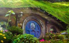 Hobbiton House. Photo Credit: Andres Iga
