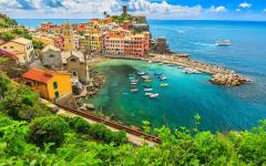 Vernazza one of the five towns of cinque terre was recognized as a fortified town in 1080