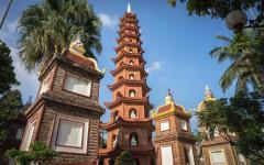 the oldest pagoda in hanoi vietnam