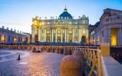St. Peter's Basilica at night, Vatican City.