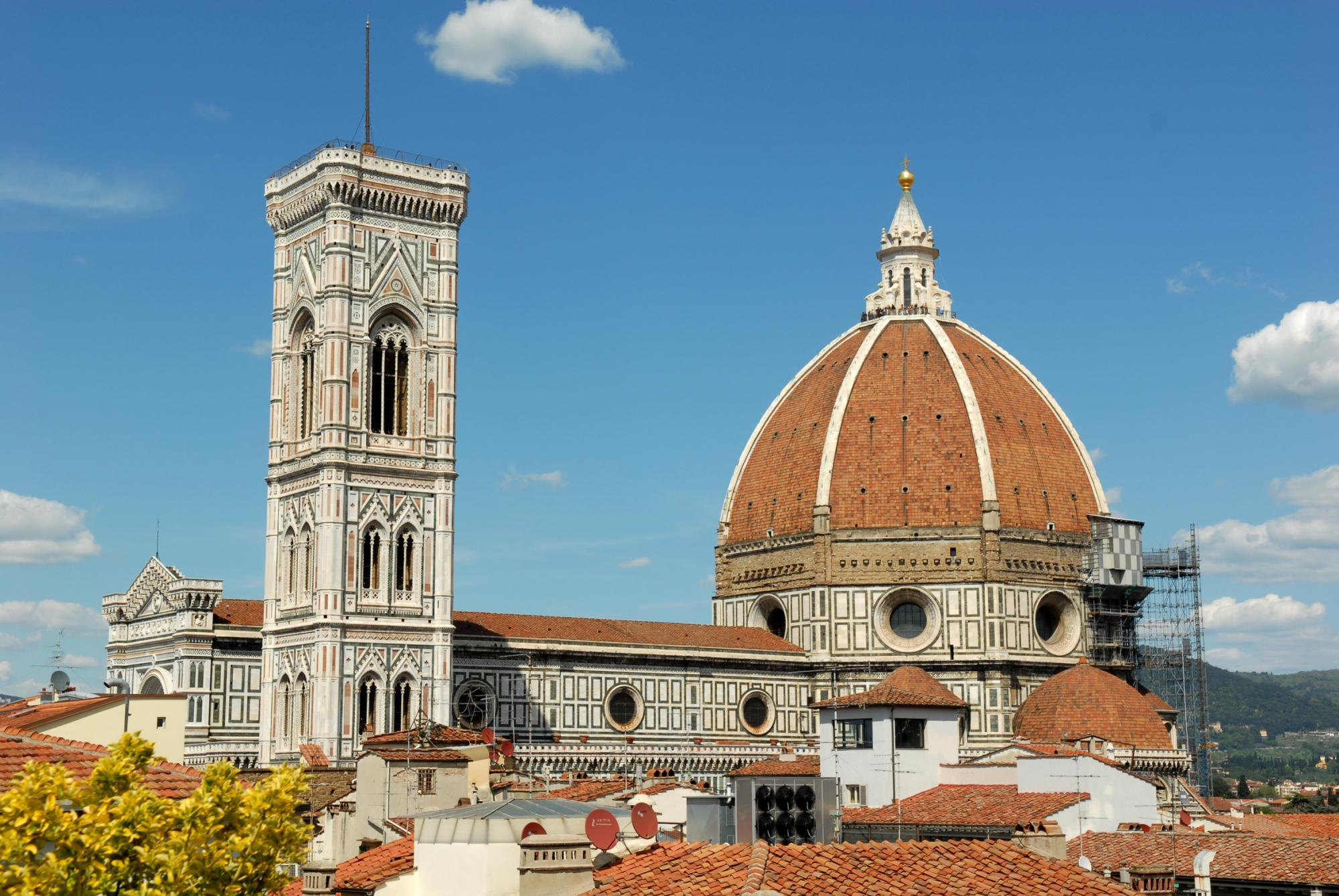 Italian Florence: A Complete Italian Experience: Florence, Tuscany, Cinque