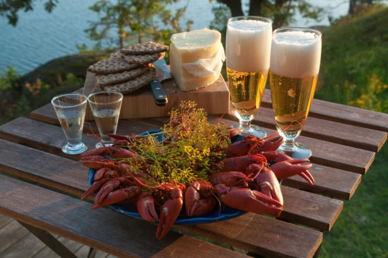 Starköl beer is the most common alcoholic beverage