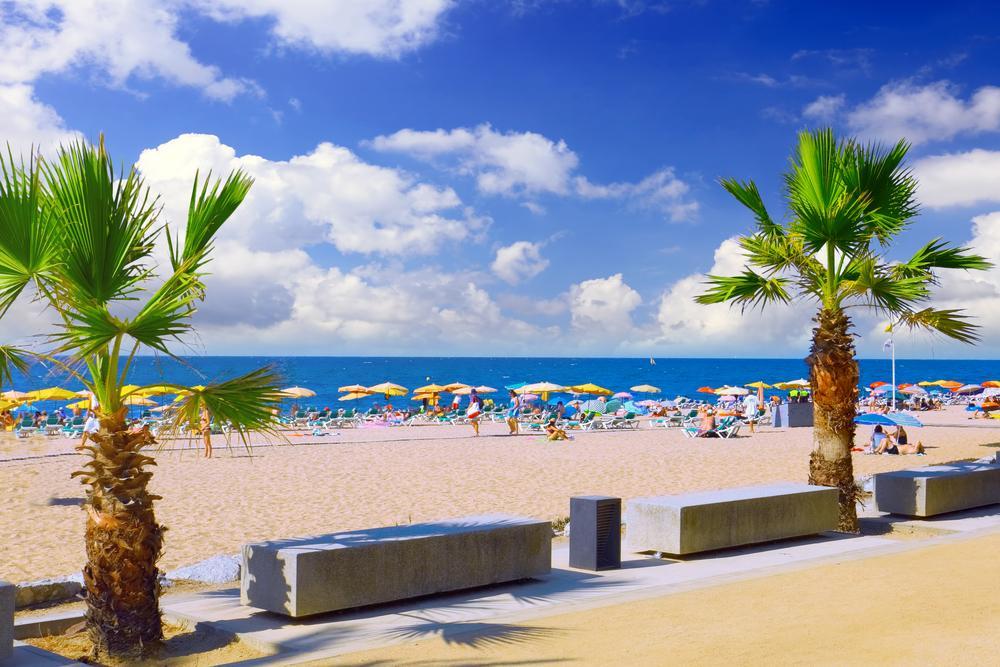 Expo Hotel Barcelona To Beach