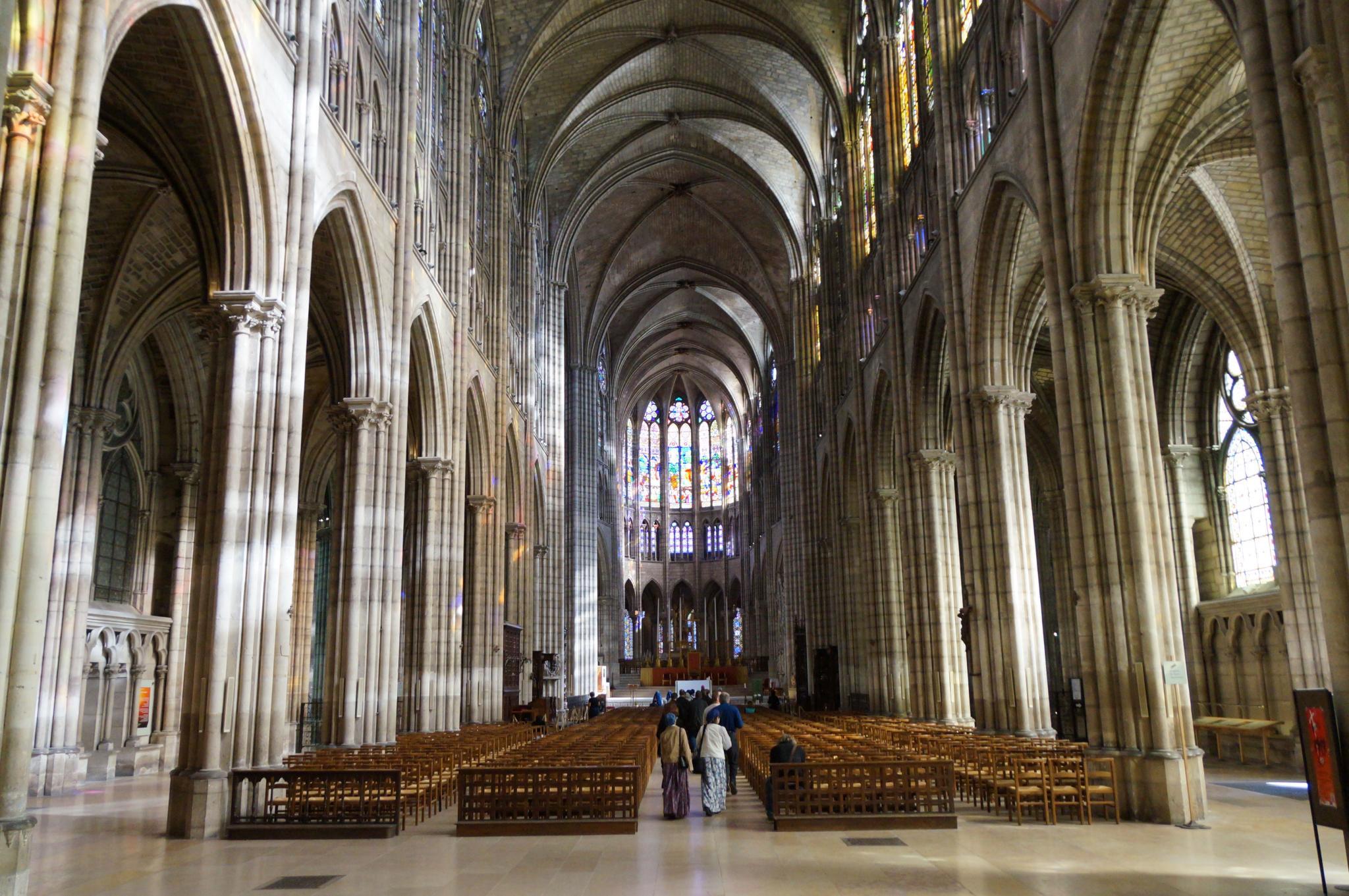 Travel Review Cultural France Vacation Lyon Paris