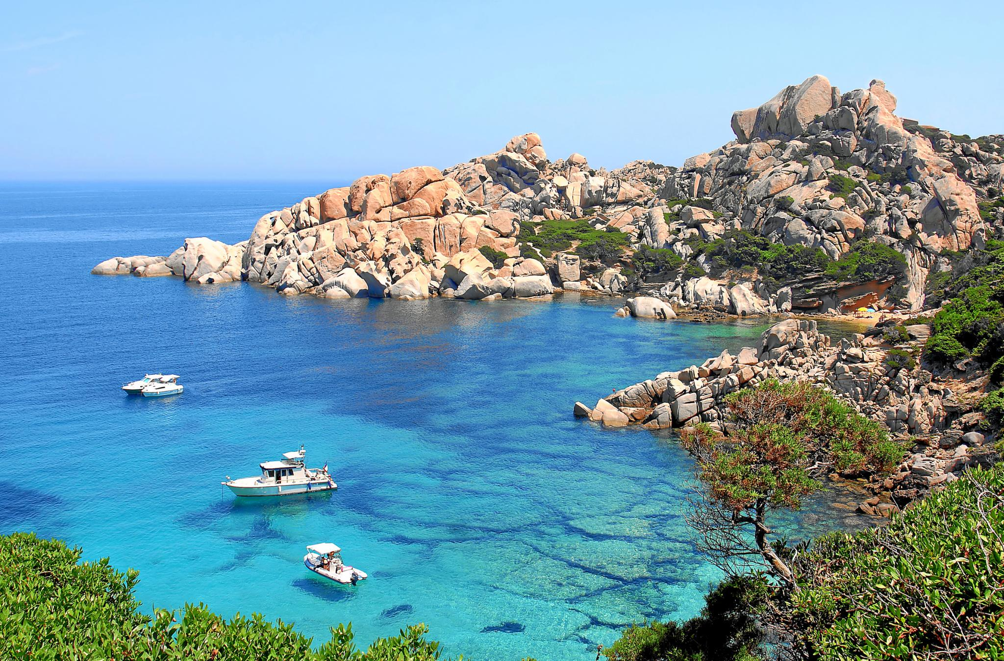 Travel review luxury mediterreanean italy tour santa for Santa teresa di gallura