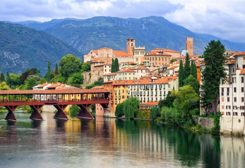 Splendors of northeast italy tour veneto friuli regions for Arredamento bassano del grappa