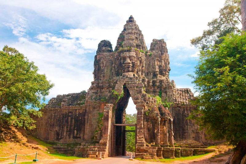 Family Friendly Cambodia Tour: Phnom Penh, Kampong Thom ...