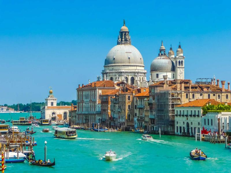 Family Friendly Vacation Tour To Paris And Venice Zicasso