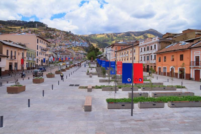 Quito Street Tours