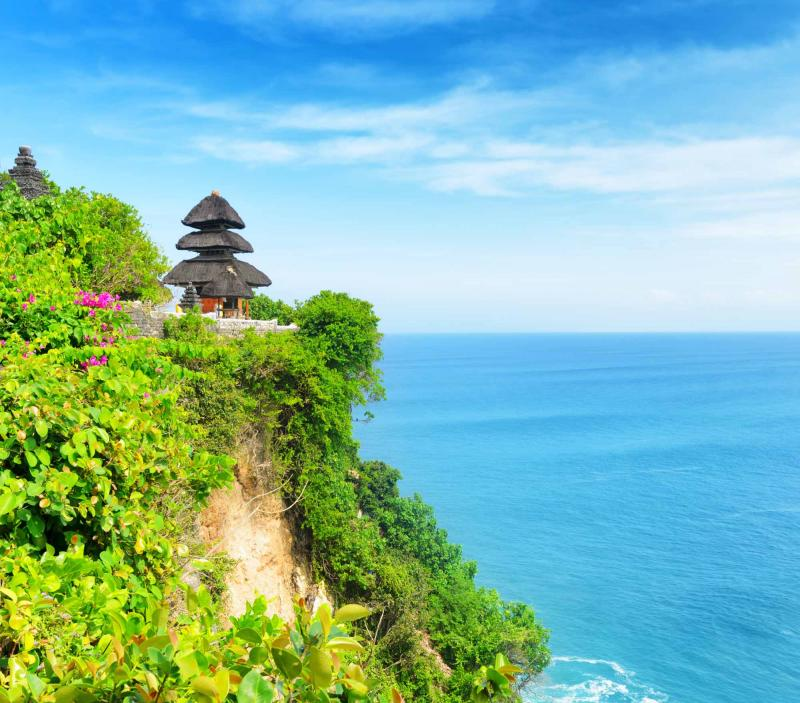 The Classic Indonesia Beaches & Volcanoes Tour: Lombok