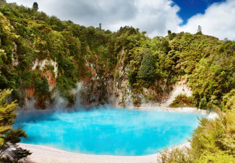 Year Anniversary Of New Zealand As Middleearth Tour Zicasso - 10 geological hotspots to visit in new zealand