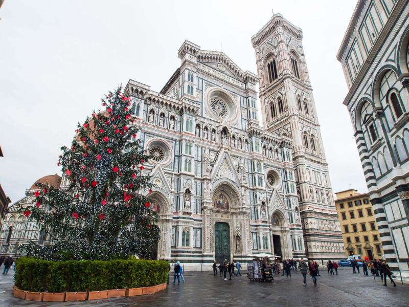 Exclusive Christmas In Italy Tour Rome Florence Milan