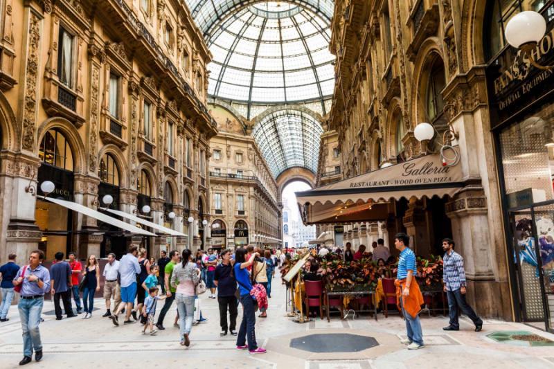 Five Star Fashion Tour of Paris & Milan | Zicasso