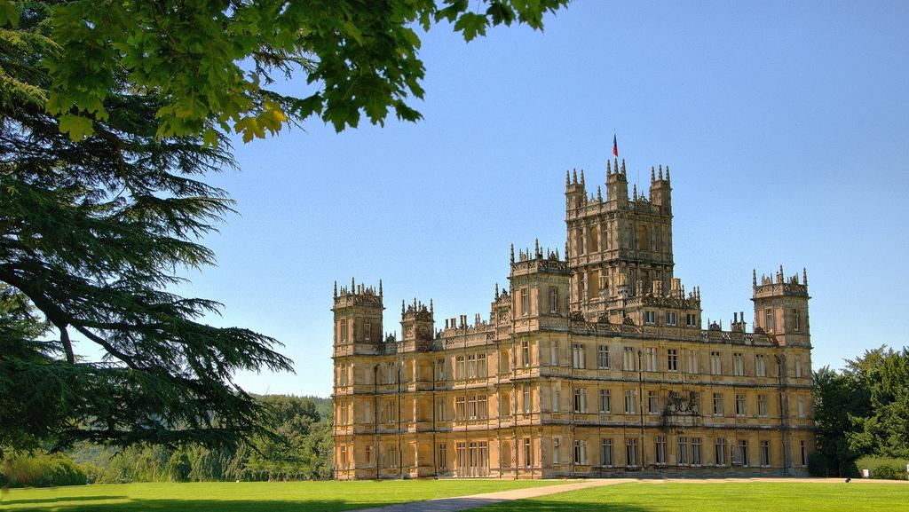 downton abbey tour a private vacation for fans zicasso. Black Bedroom Furniture Sets. Home Design Ideas