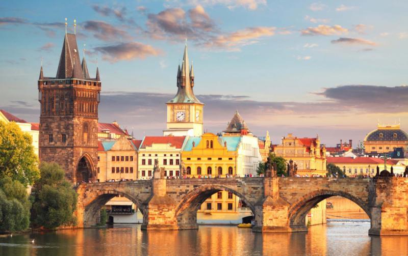 Real  Dating Escort  Prague