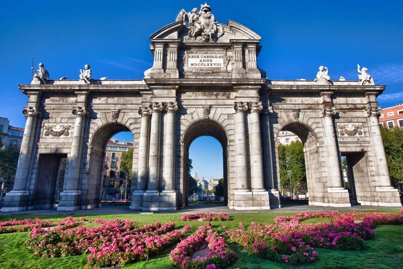 Best Of Madrid Amp Andalusia Tour Madrid Seville Granada