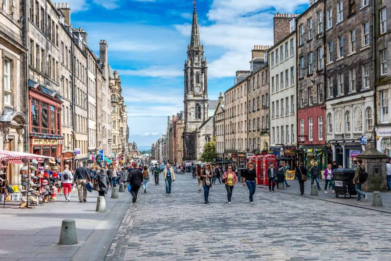 Scottish Ancestry Tour: Tracing the Family Heritage