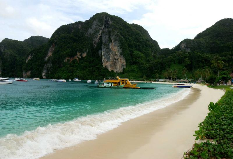 how to travel to ko phi phi from bangkok