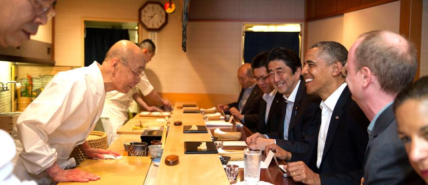Prime Minister Abe and President Obama at Sukiyabashi Jiro. Official White House Photo by Pete Souza